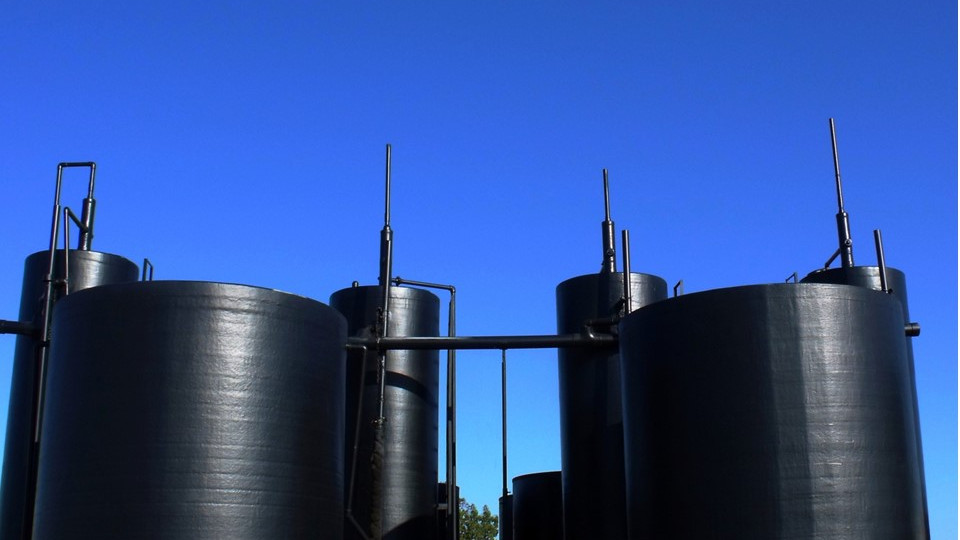 Silos & Tankers