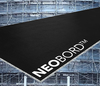 composite-black-scaffold-board-NEOBORD-in-front-of-building-with-construction-scaffolding-system-for-safe-efficient-logistcs