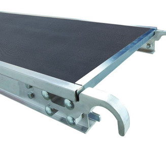black-smart-multilayered-composite-scaffold-board-with-honeycomb-core-in-an-aluminum-scaffolding-U-Frame-with-two-hooks