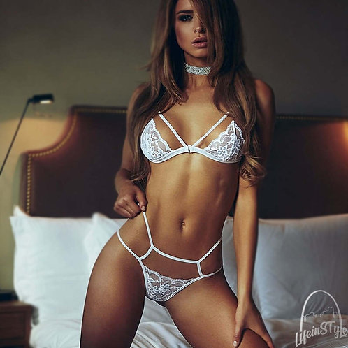 WHITE LACE LINGERIE SET BRA AND PANTIES