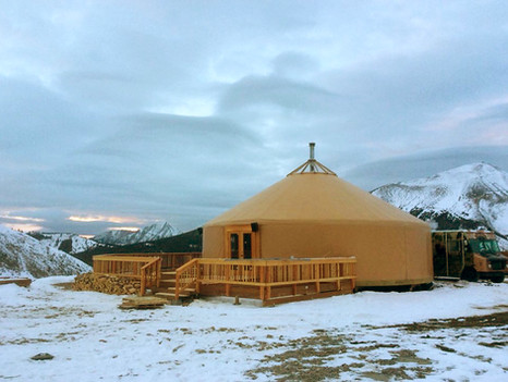 40' Yurt With Deck