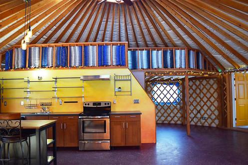 34' Loft And Kitchen