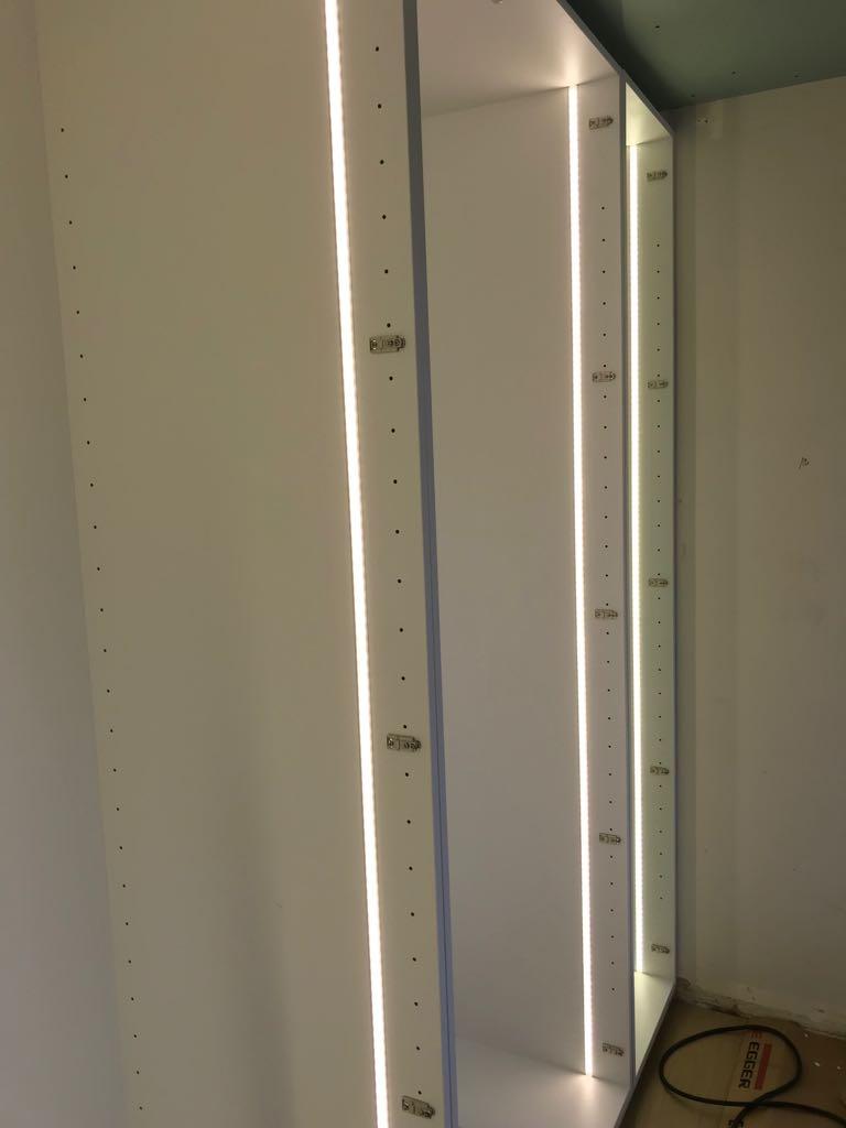 Inbouwled in kasten met detector