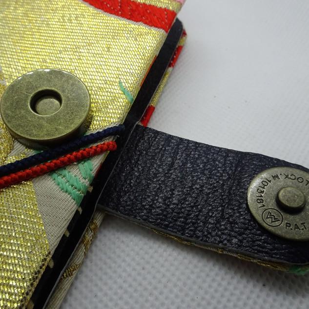 kimono phone case button