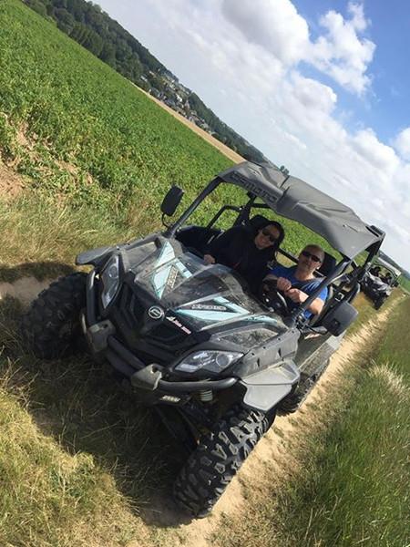 buggy et quad en campagne