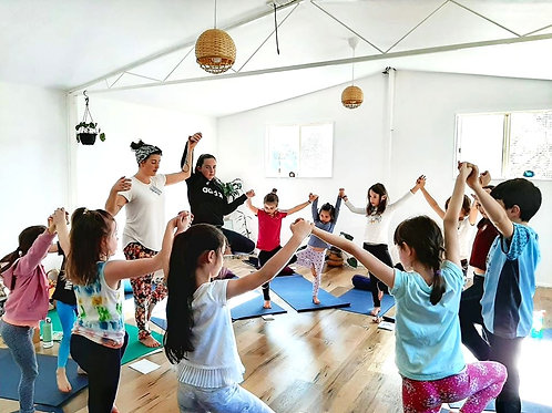 Kids Holiday Yoga Workshop