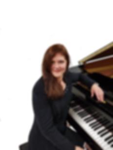 henriette aan piano.png
