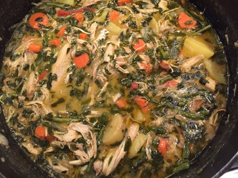 Chicken Curry with Moringa, Carrots and Potatoes