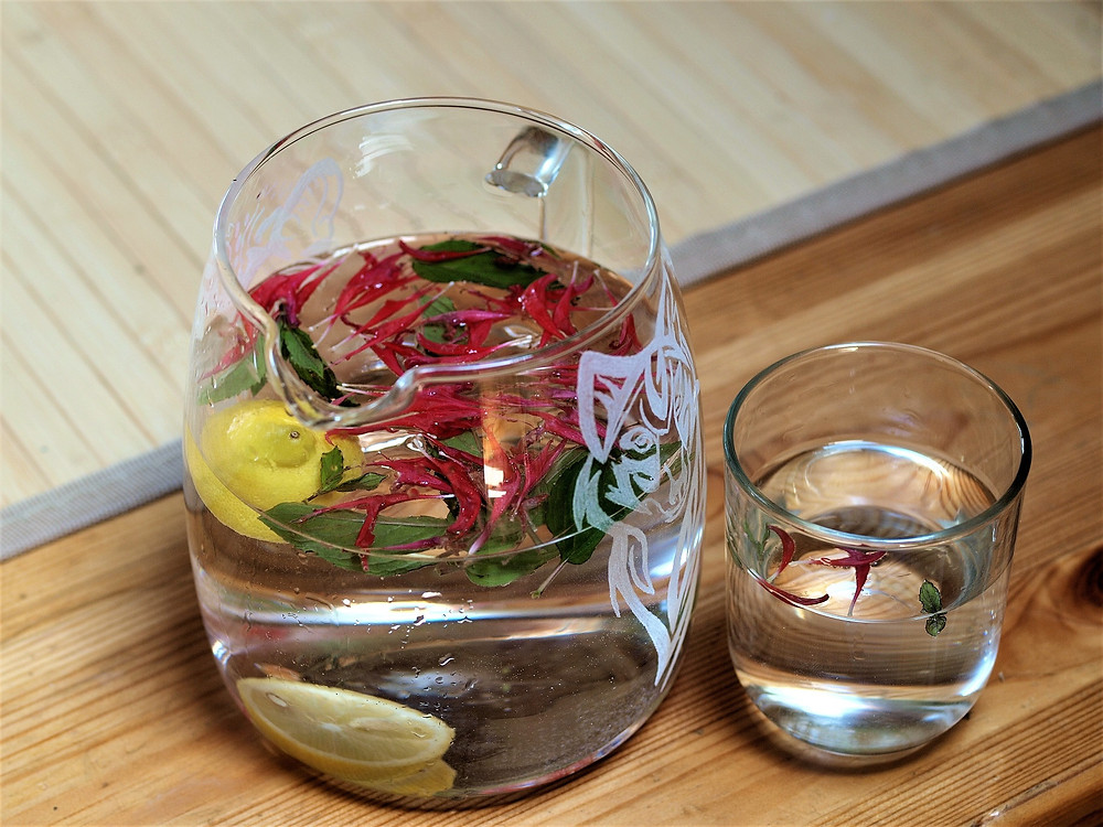 Ein sehr erfrischendes Aromawasser