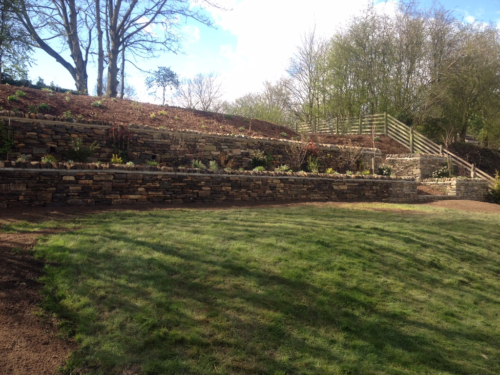 t bye landscapes retaining walls 1
