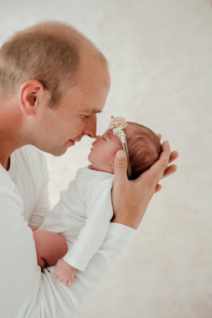 Newborn Babyfoto-2.jpg