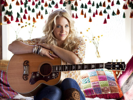 "Catherine Britt Releases Brand-New Single ""I Am A Country Song"""