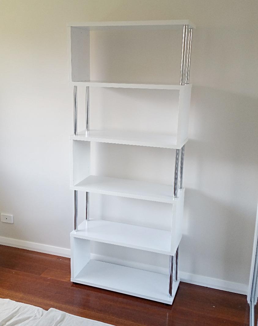 Bookshelf Assembly