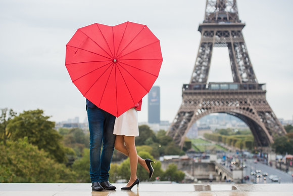 "Red Umbrella ""Love Heart"""