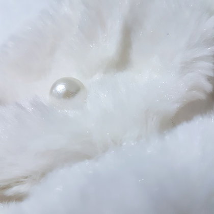 White Snood with pearls