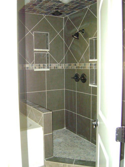 Stand up shower with rain shower head