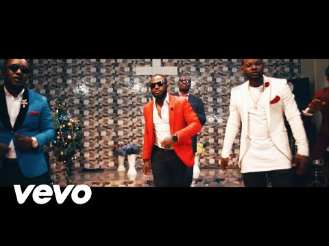 Tunde Ednut's Jingle Bell Bell Video Review