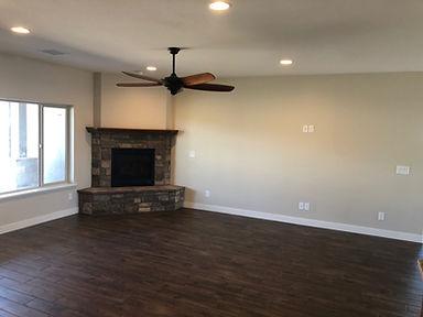 Living Room w Fireplace.JPG