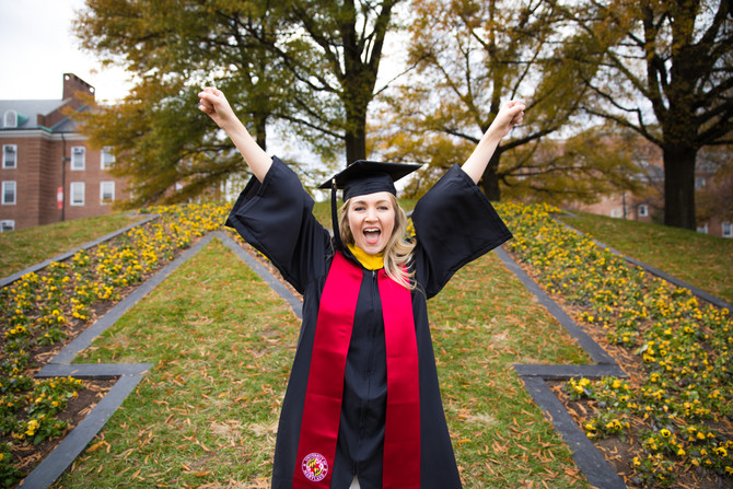 Braving the Cold | Graduation shoot with Kelsey