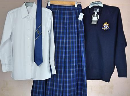 Molong Central Secondary Girls Winter.pn