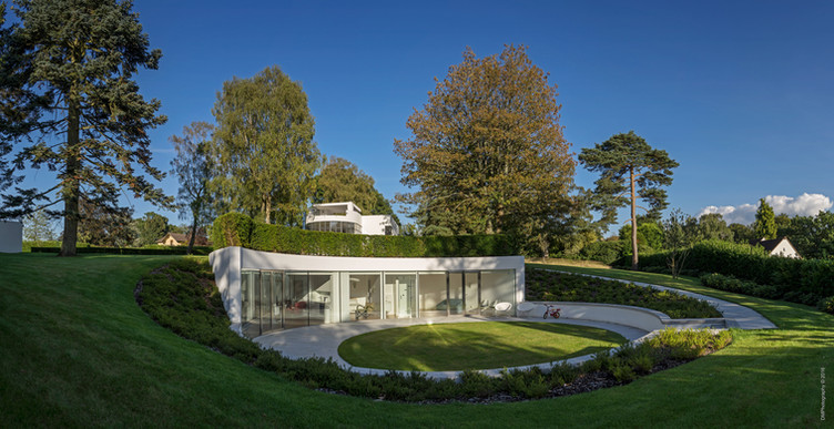 Usherwood House, Surrey