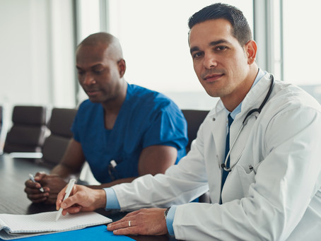 What is the Difference Between a Podiatrist and Orthopedic Doctor?