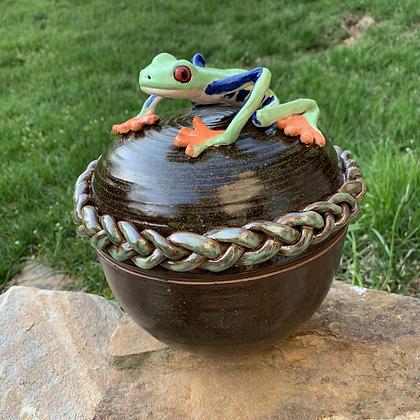 Lidded Tree Frog Bronze Pot