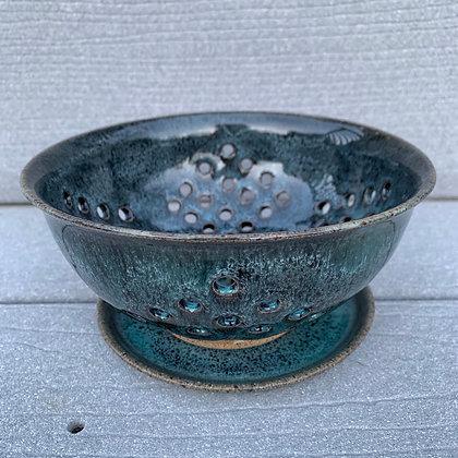 Berry Bowl -Emerald Treasure