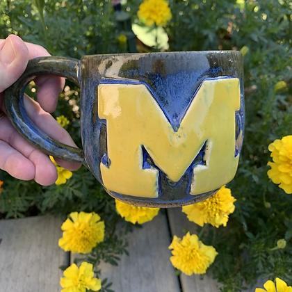 Mug -M Go Blue handle
