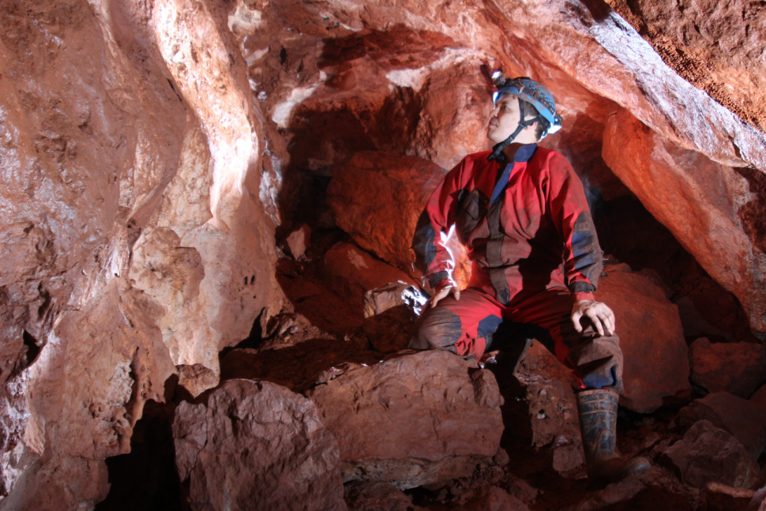 Cave Sandy 4