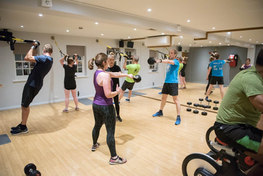 Exercise class with mirror
