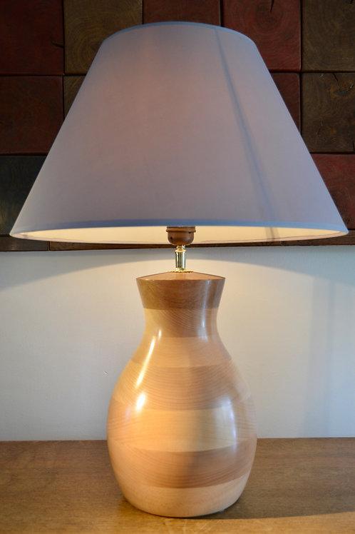 Pied de lampe en hêtre. 424