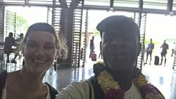 Arrivée_à_Mayotte_accueil_par_Pauline