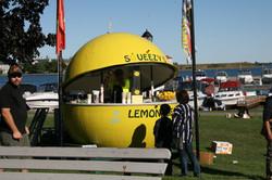 Squeezy's lemonade stand