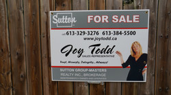 Agent Photo For Sale sign