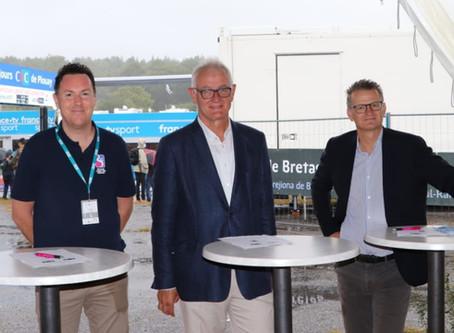 CIC Ouest a profité de sa présence aux 4 jours CIC de Plouay pour officialiser son partenariat.