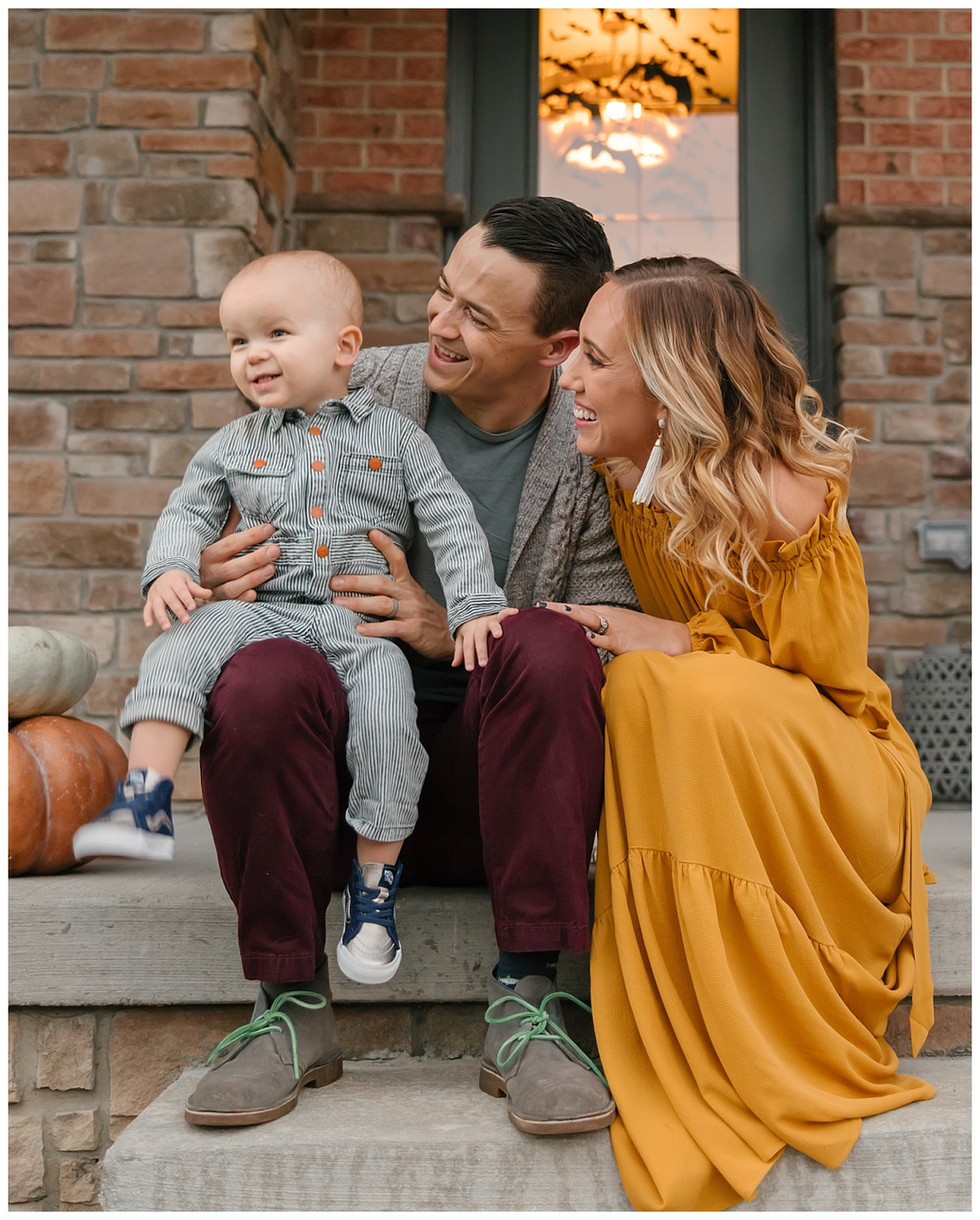 How to Plan What to Wear for Your Family Session   Pittsburgh Family Photographer