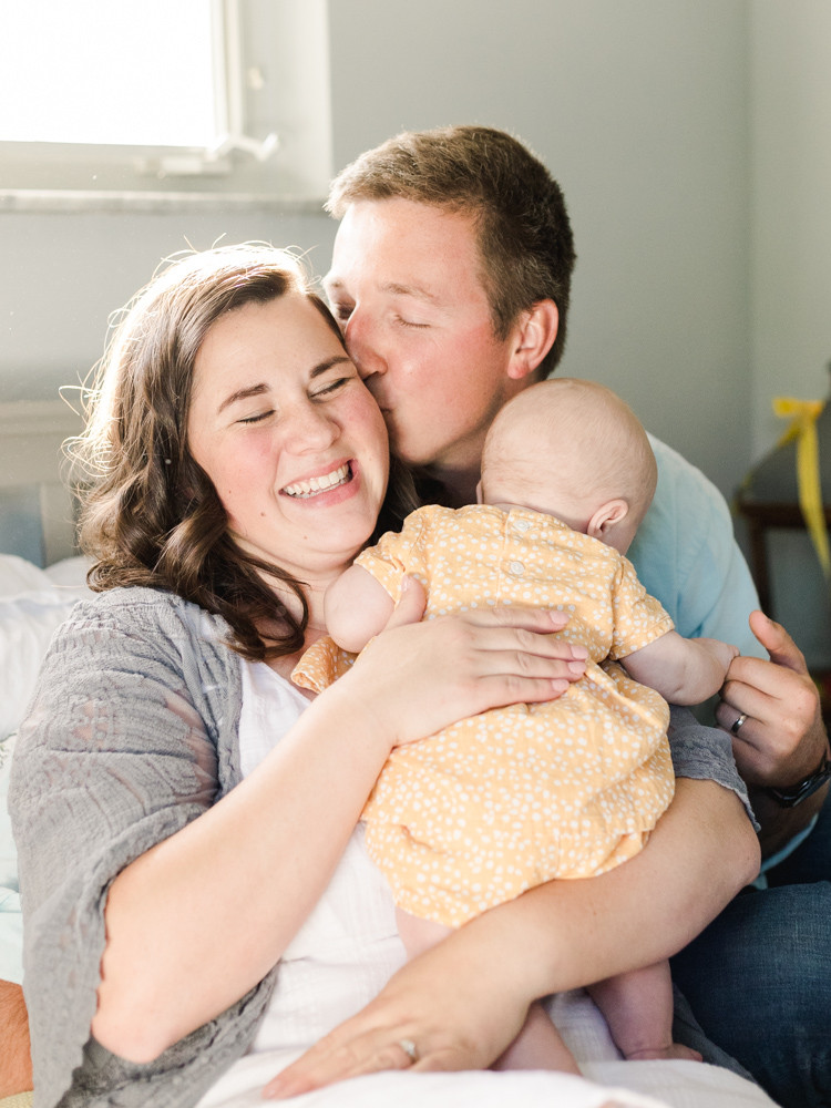 Candid at-home family portrait by LeeAnn K Photography