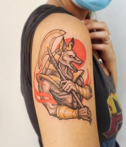 Tatuaje realizado por Laura Garuda en Morning Glory Tattoo & Gallery Valencia