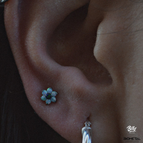 Upper lobe piercing
