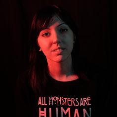 Laura Garuda,artista residente de Morning Glory Tattoo & Gallery