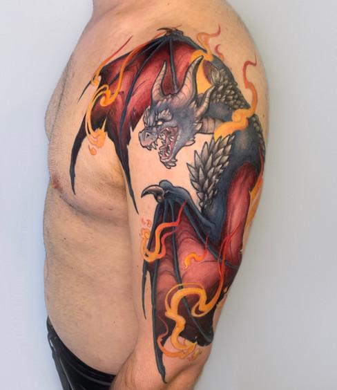 Tatuaje realizado por Laura Garuda