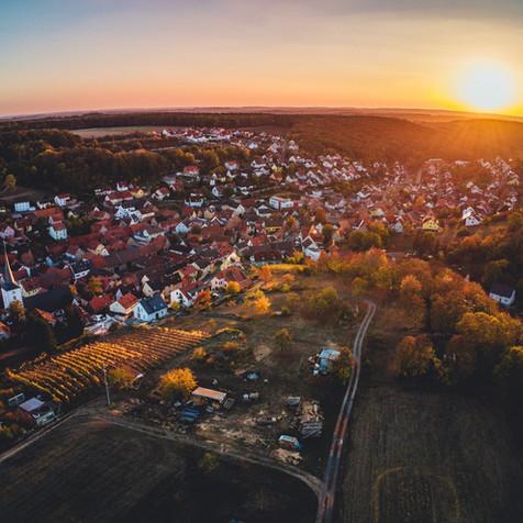 Sonnenuntergang in Theilheim mit der Drohne