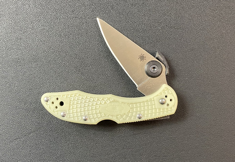 THORN DLC (Fits Spyderco DELICA 4, Knife and DSR Not Include
