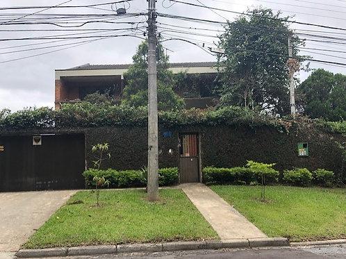 Residência = Rua Francisco Caron, 118 - Bairro Pilarzinho - Curitiba - Paraná.