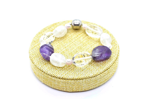 Handmade Bracelet made of Amethyst & Rock Crystal Gemstones, Pink & White Pearls