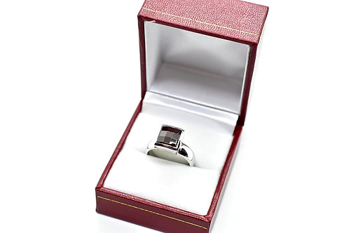 Red Simulated Diamond ring US size 7, 8, 9