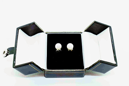 Earrings made of Natural Pearl and Silver