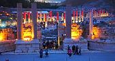 חוויה בגן לאומי בית שאן העתיקה אומני רחוב, פסלים חיים אומני אש ומיצגים אורקוליים ימתינו לנו בשעות הערב+זרימת המים בנחל חרוד+גשר הקנטרה + סיור בעיירה בית שאן