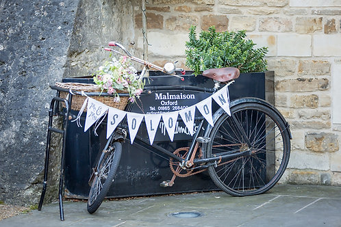 Mr & Mrs - vintage bike | bicycle wedding bunting